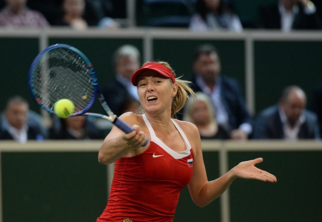 Maria Sharapova earned a straight sets win to level the contest