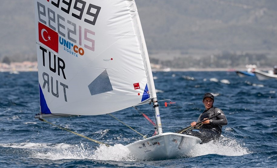 Ecem Güzel of Turkey is the new leader at the Laser Radial Women's World Championship after the fourth day of action in Japan ©TYF