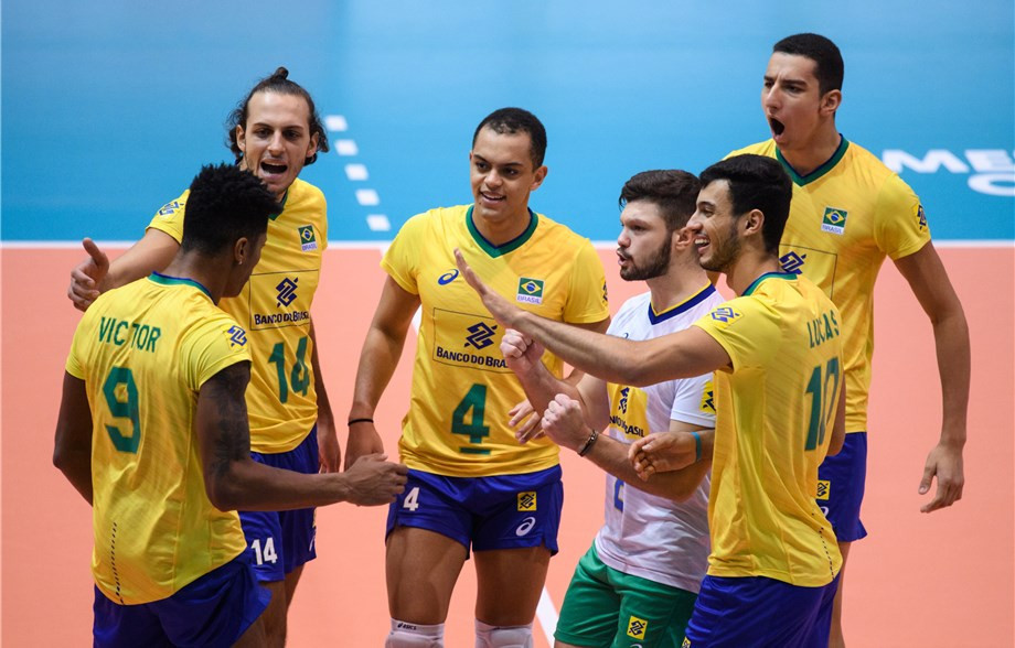 Brazil ended the 100 per cent start made by China ©FIVB
