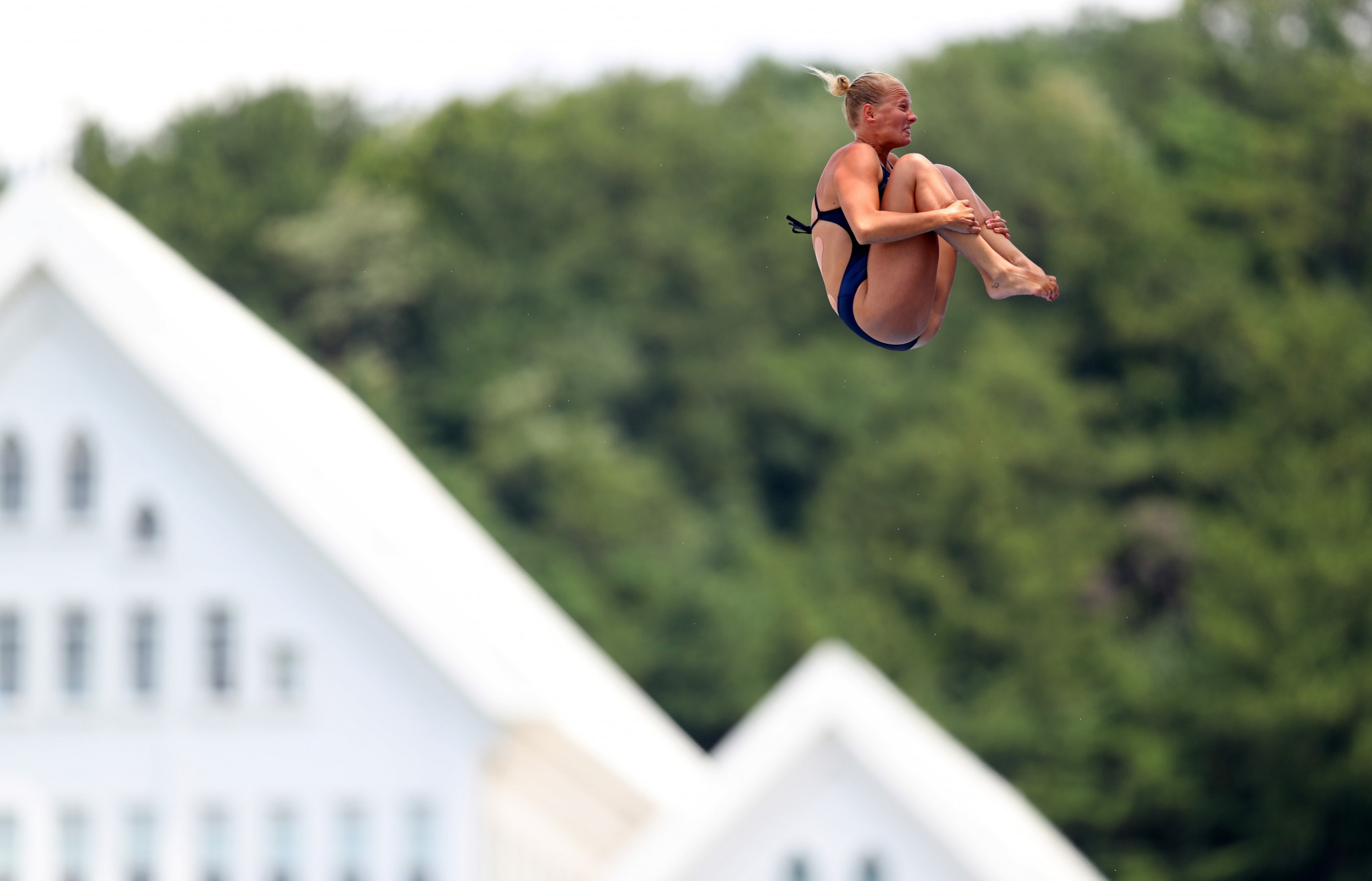 Rhiannan Iffland won gold in the women's high diving  ©Getty Images