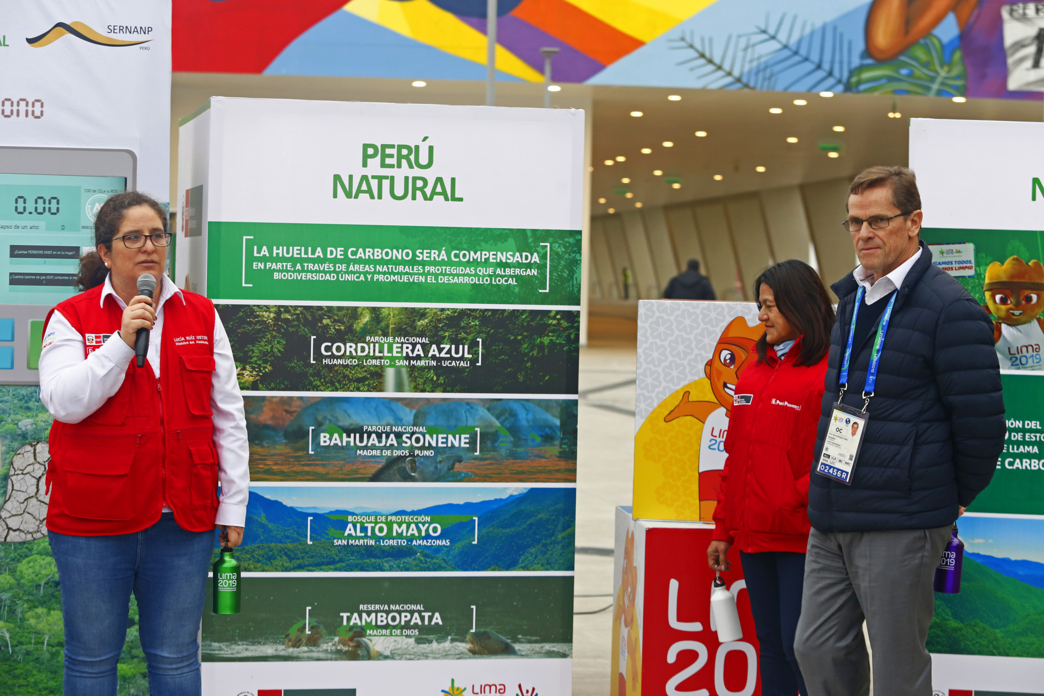 "Lima 2019 President Carlos Neuhaus and Peruvian Minister of Environment Lucia Ruiz presented an action plan to ensure a ""green"" Pan American Games ©Lima 2019"