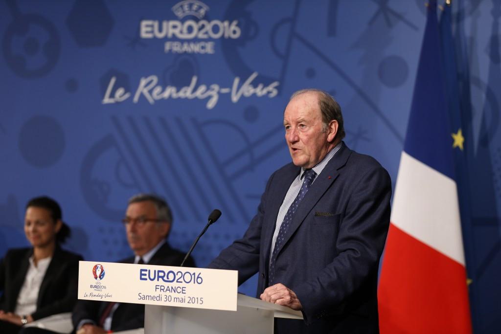 Euro 2016 organisers against cancelling event in France despite Paris terrorist attacks