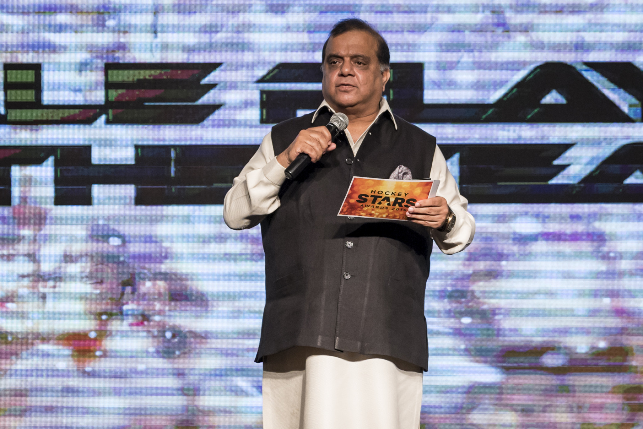 IOA President Narinder Batra asked to meet with India's Sports Minister to discuss the boycott ©Getty Images