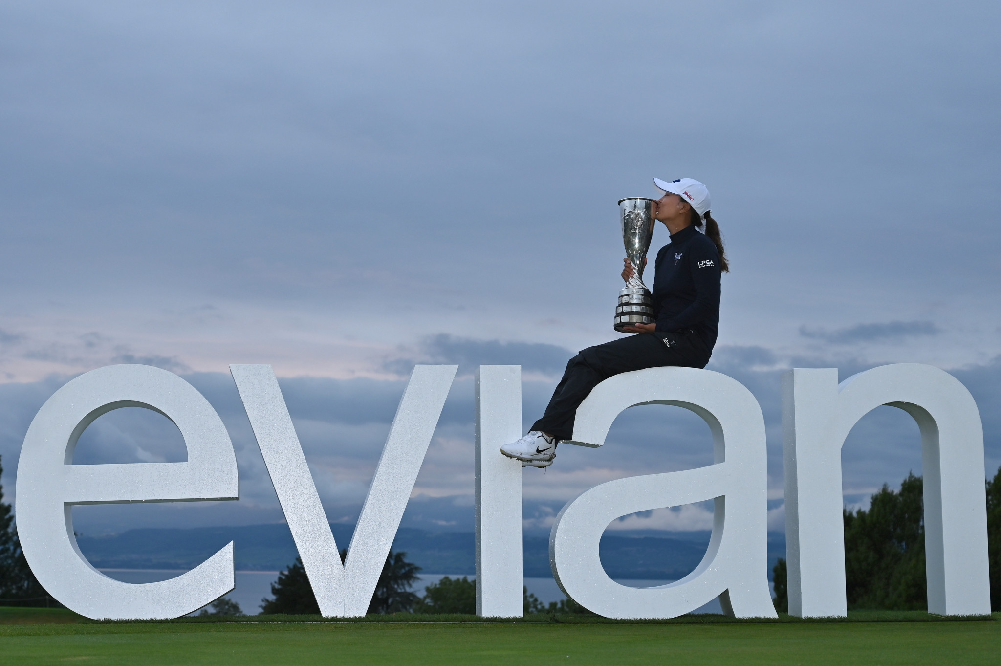 Ko rises to final challenge to win second major at Evian Championship