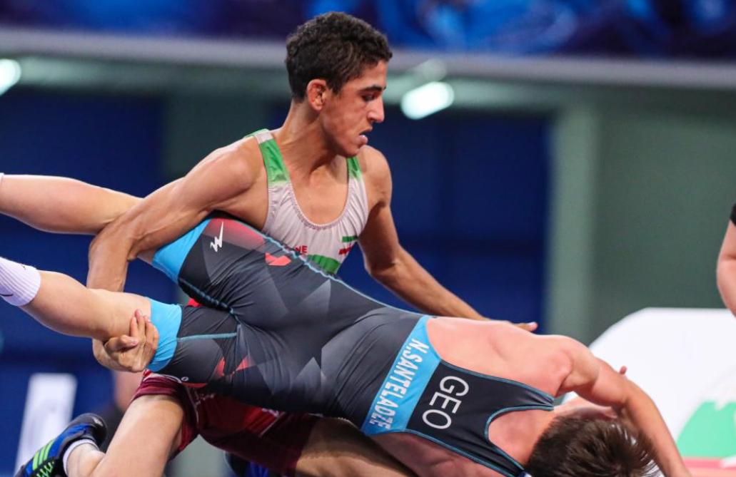 Duo target second gold medals at UWW Cadet World Championships after semi-final wins