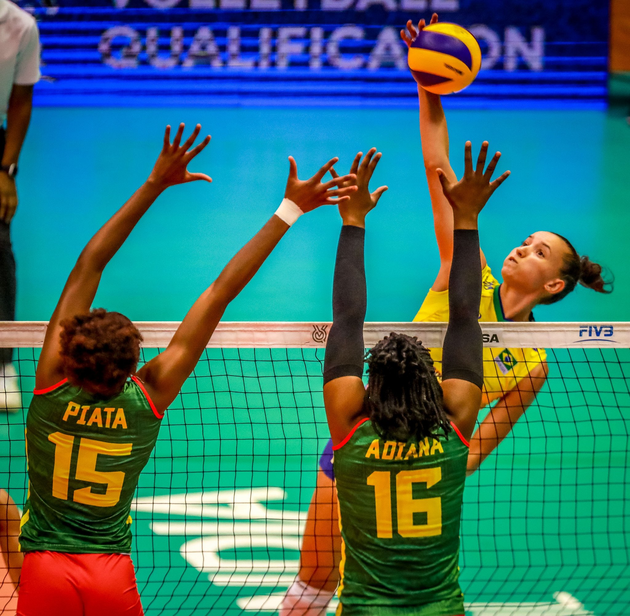 Brazil and Dominican Republic pick up opening-day wins at FIVB Women's International Olympic Qualification Tournament