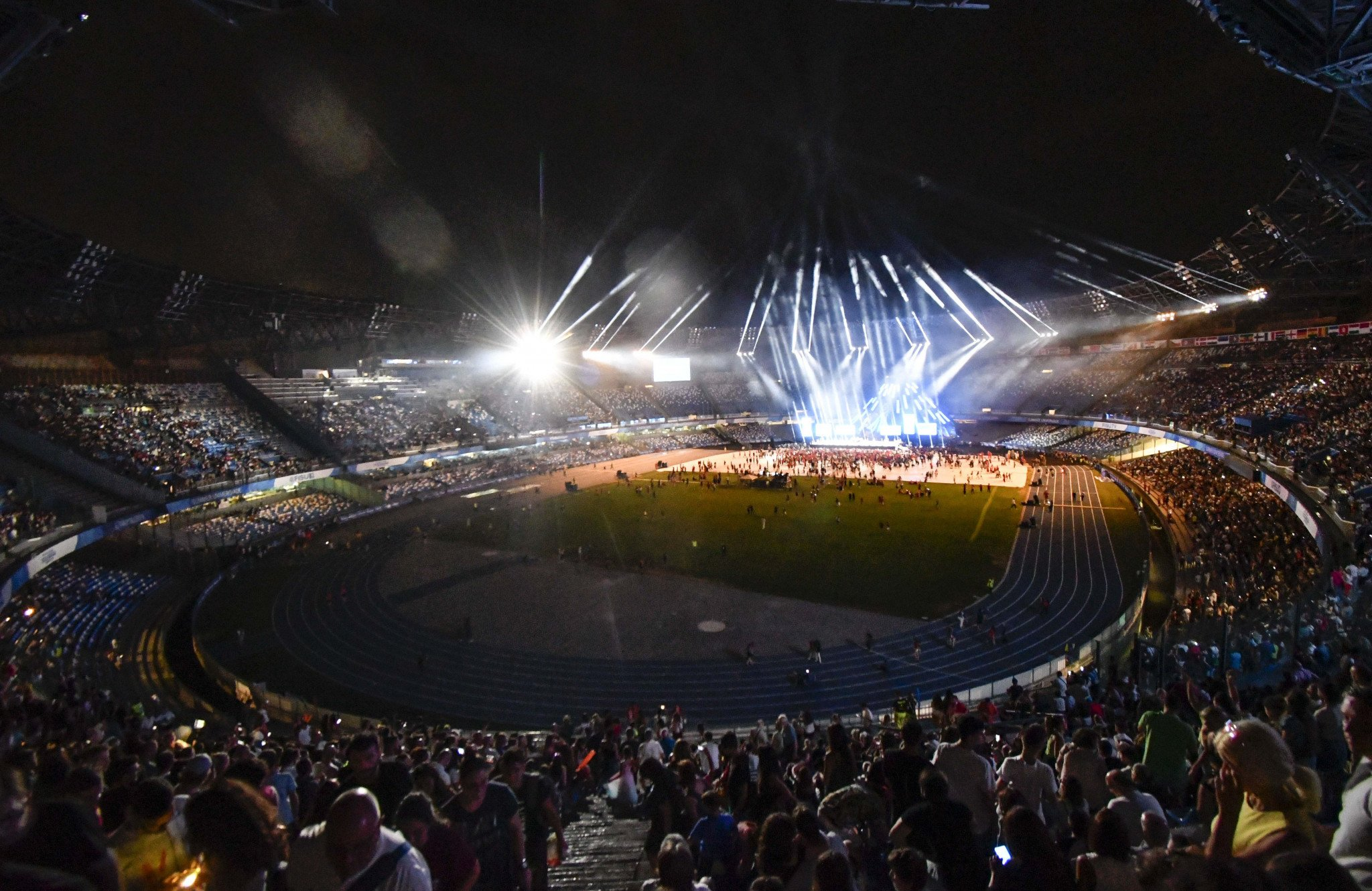 San Paolo Stadium in Naples welcomed 33,000 spectators for the Naples 2019 Closing Ceremony ©Naples 2019