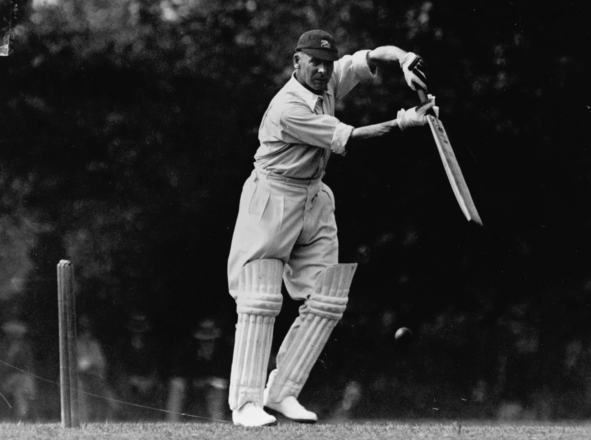 Jack Hobbs played for Surrey against Australia in 1919 ©Getty Images
