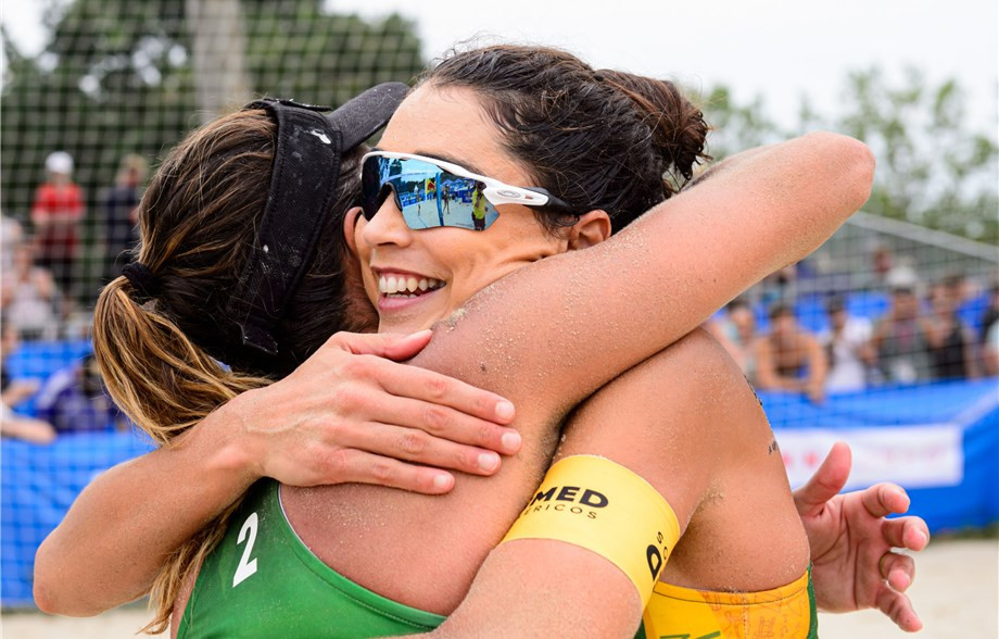 Three Brazilian teams through to women's semi-finals at FIVB Beach World Tour event in Vienna