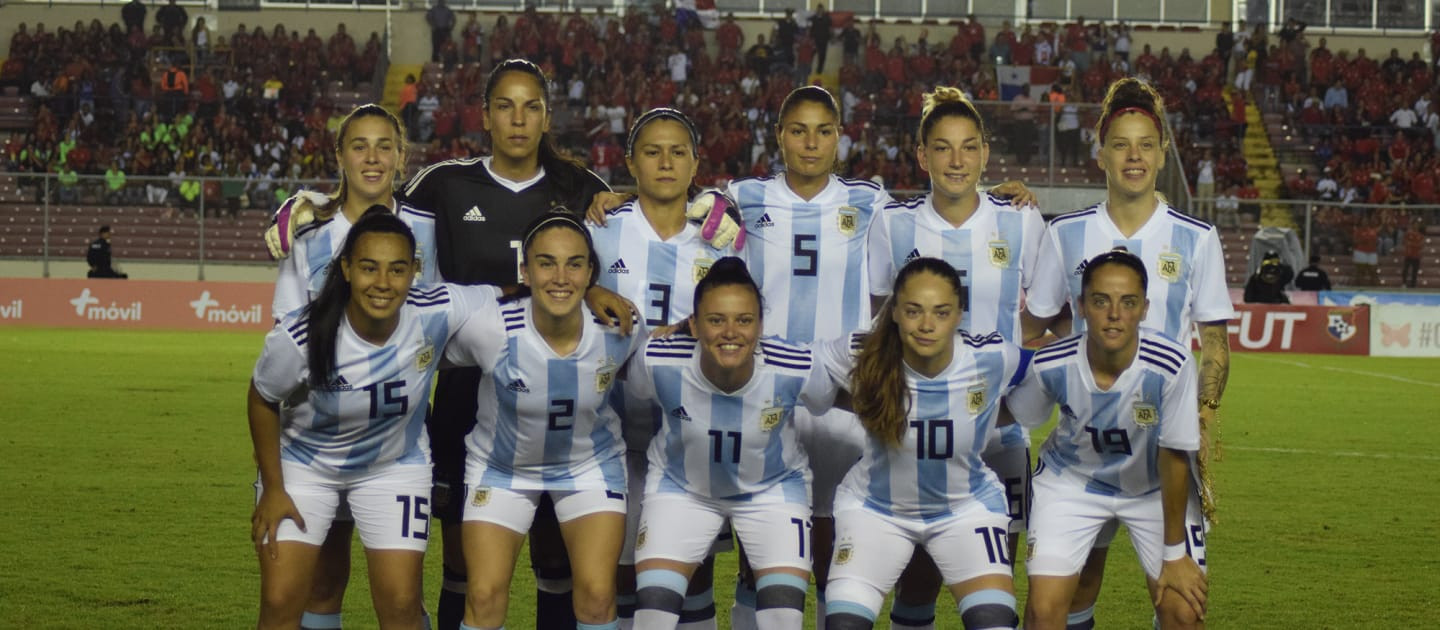 The Argentinian women's team were unable to compete between 2015 and 2017 after the Argentinian Football Association completely neglected the side and cut off their funding ©FIFA