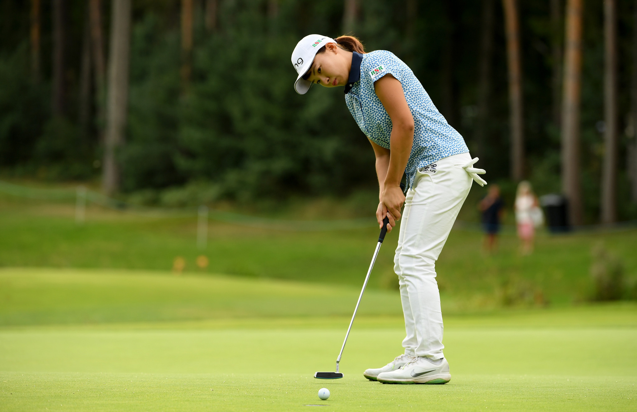 Shibuno surges into two-shot lead at Women's British Open