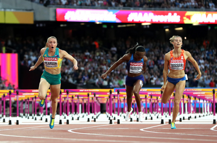 Pearson regains the world 100m hurdles title in London, six years after first winning it in Daegu, as world champion Kendra Harrison can only finish fourth  ©Getty Images