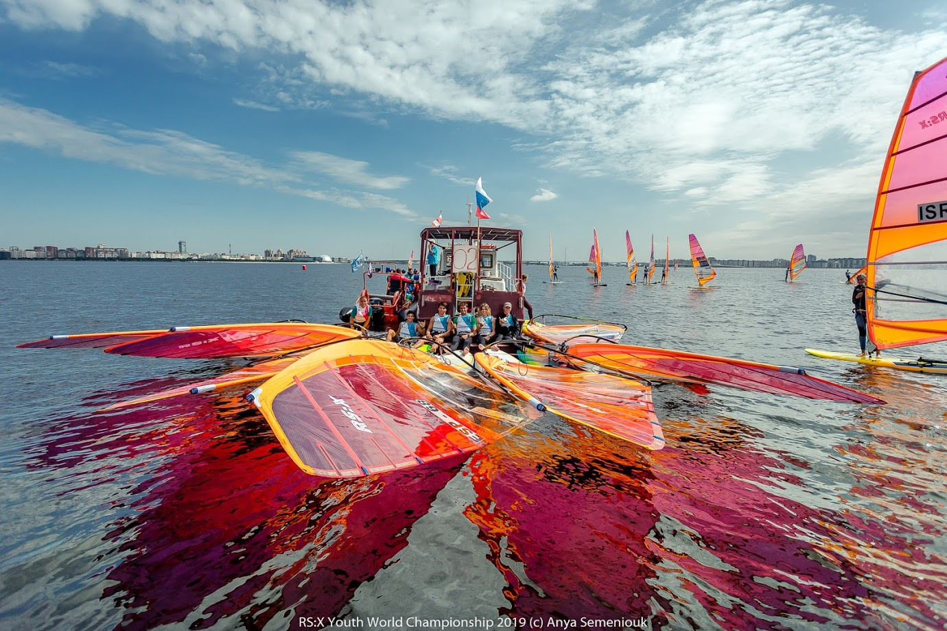 With winds only between two and three knots, and constantly fluctuating in direction, the race committee decided it was impossible to host fair racing ©Anya Semeniouk