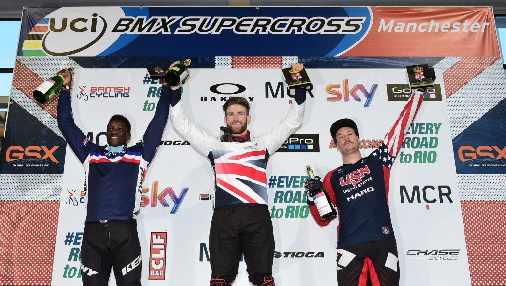 Home favourite Liam Phillips claimed victory in the men's event in Manchester ©British Cycling