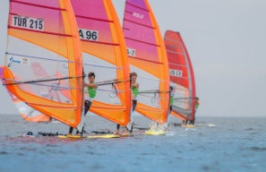 Action resumed in Saint Petersburg today ©RS:X Youth World Championship