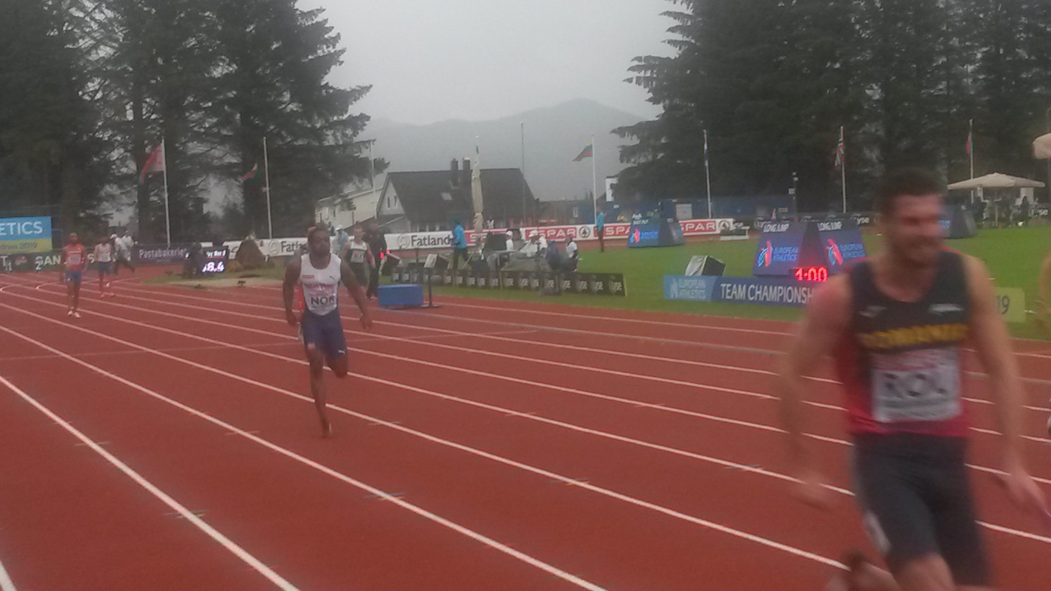 Norway's T12 para-sprinter Salum Kashafali brings home the baton for the men's 4x100m team in Sandnes today after earning fourth place in the individual final at the EA Team Championships 1st League ©ITG