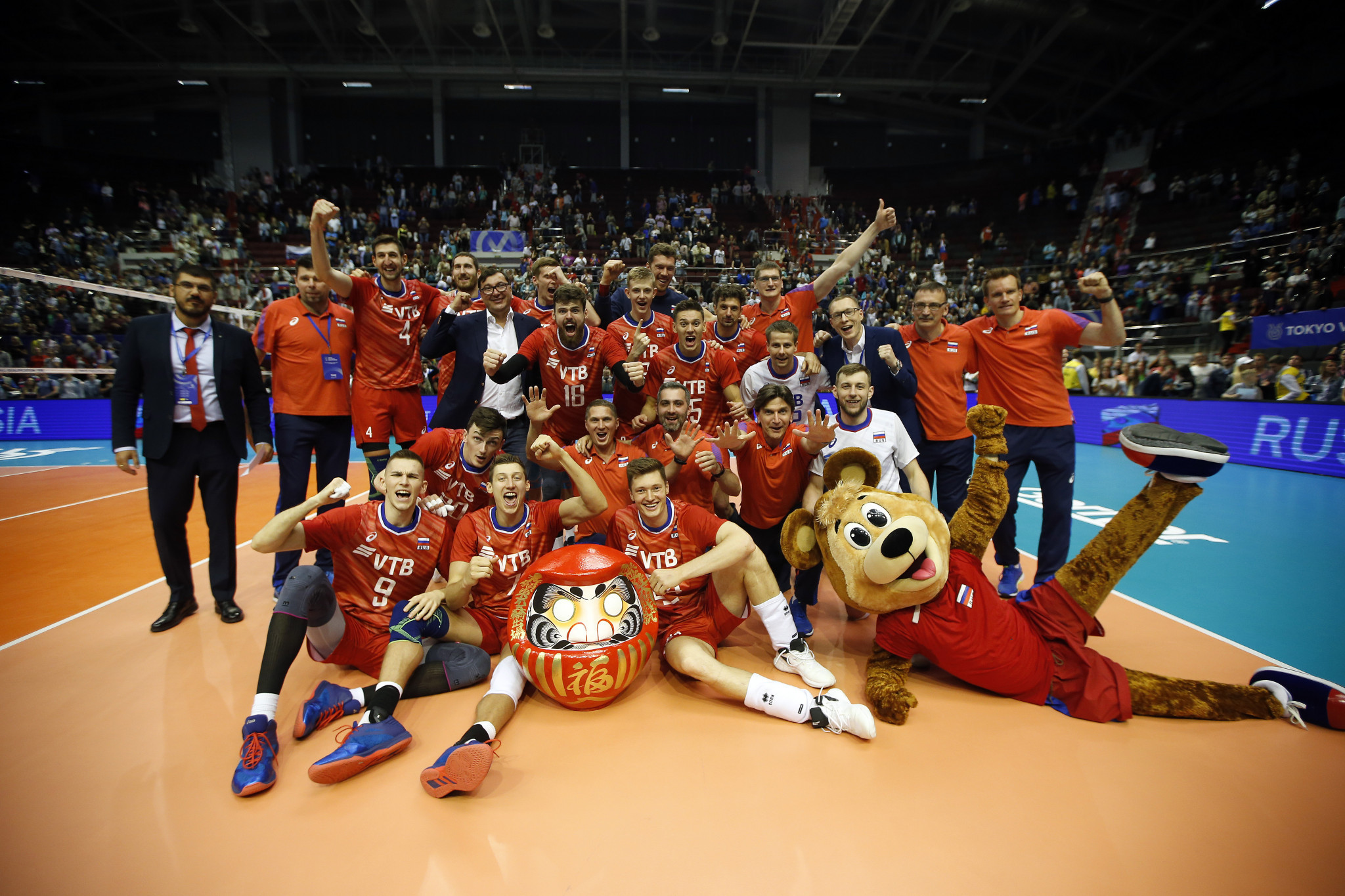 European champions Russia defeated Iran in straight sets to earn their place at Tokyo 2020 ©FIVB