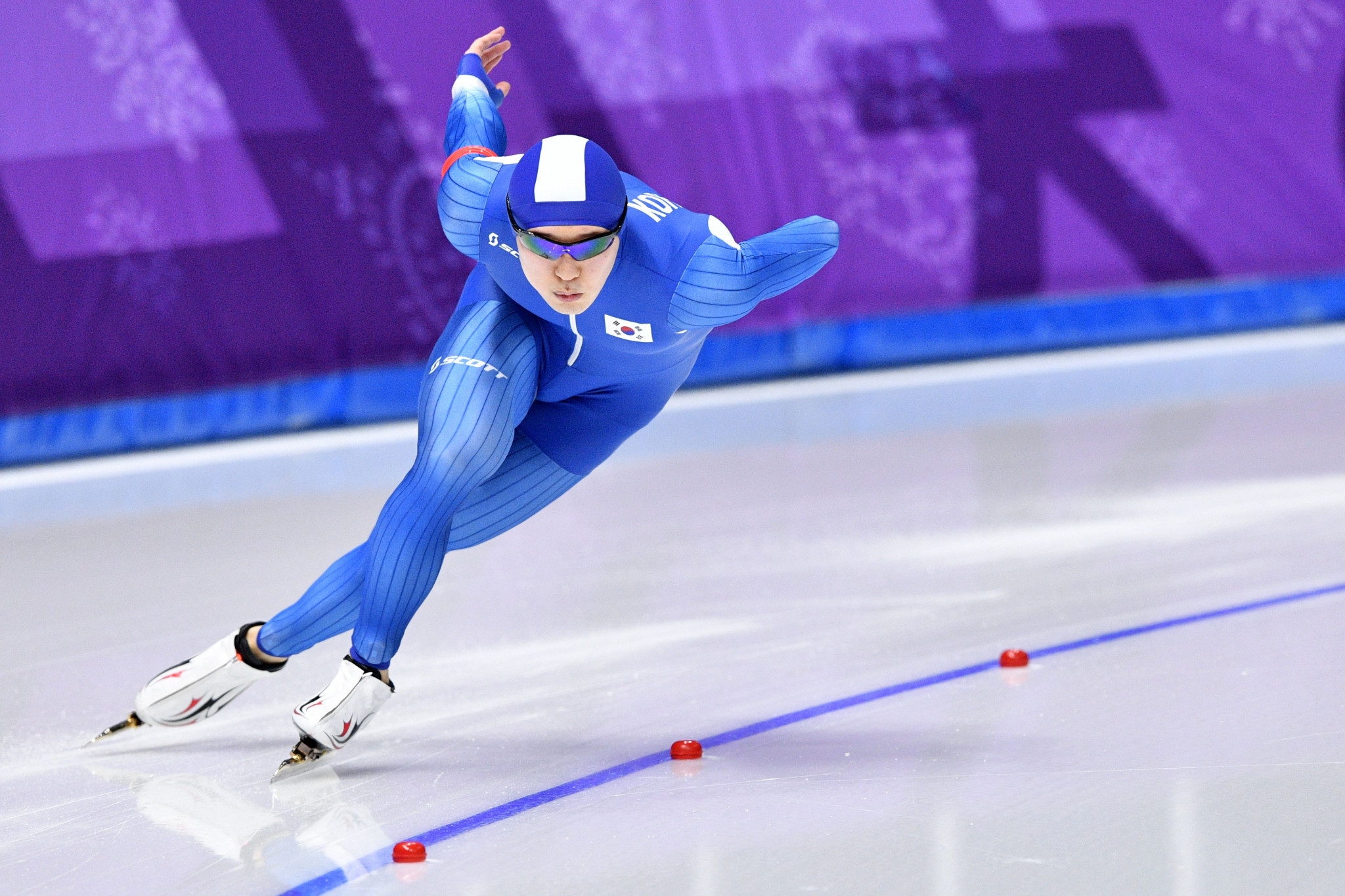 Olympic medallists among five South Korean speed skaters suspended for drinking at training facility