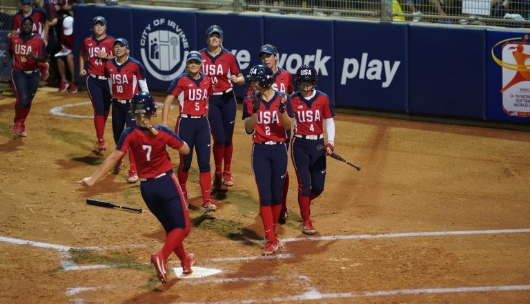 The United States are one of two teams that remain undefeated after day one of the super round at the Under-19 Women's Softball World Cup ©WBSC