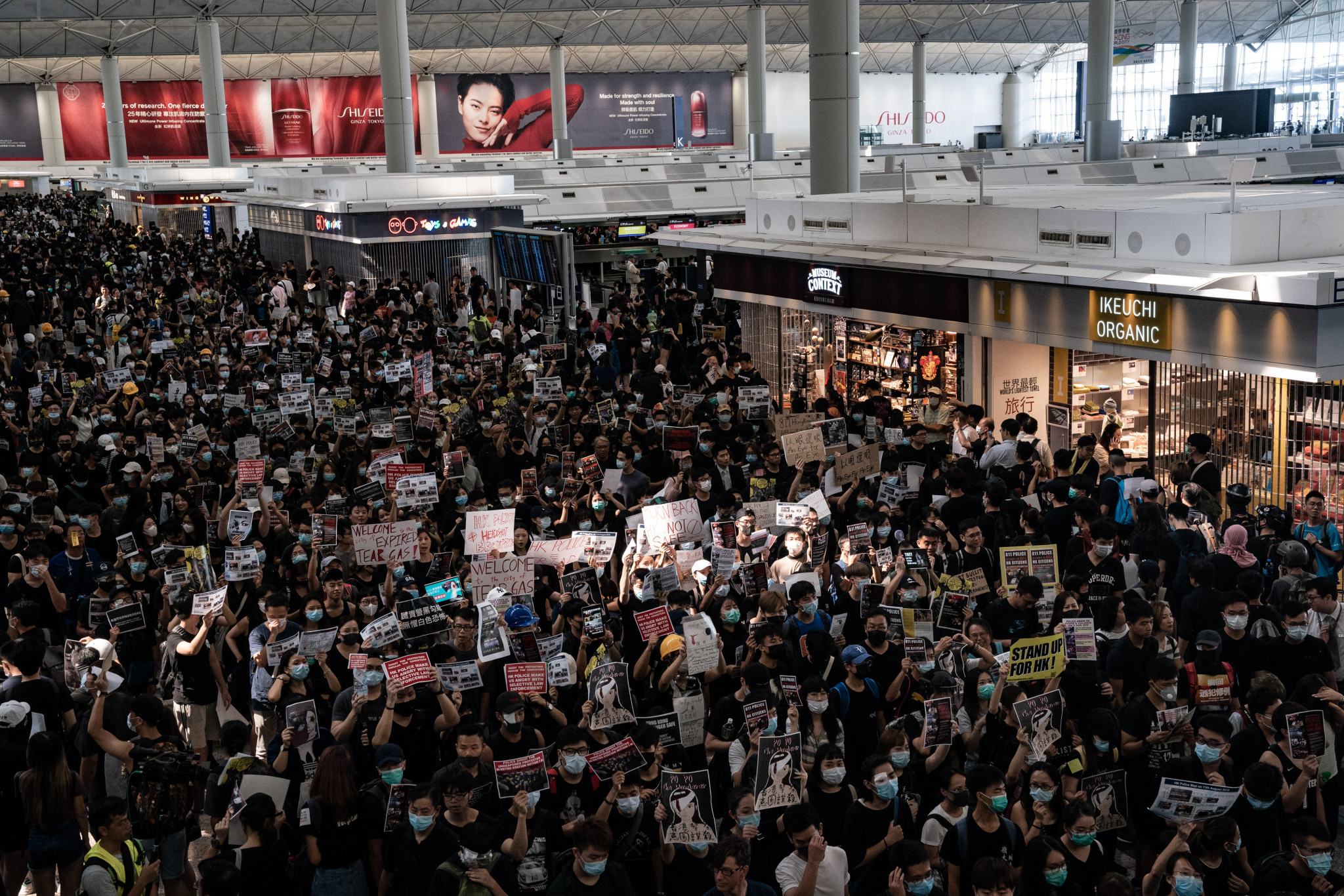 Anti-Government protestors have violently clashed with police amid chaos at Hong Kong International Airport ©Getty Images