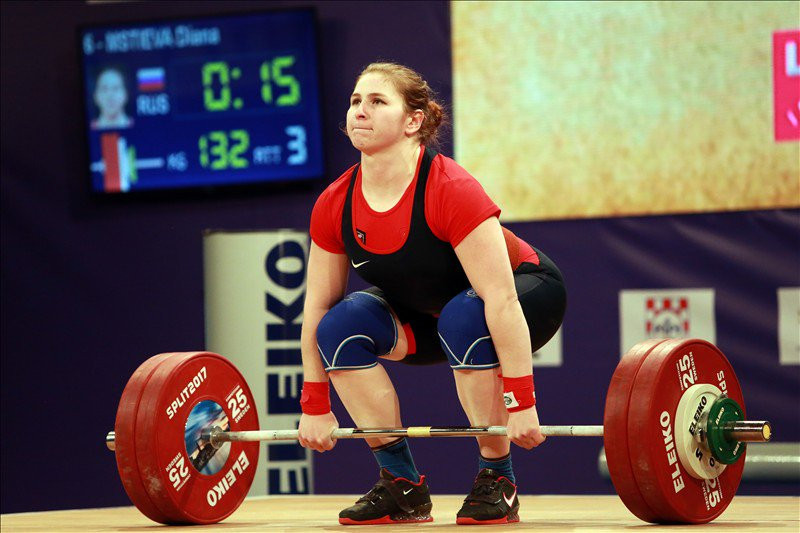 Russia ban two former European weightlifting champions for doping offences