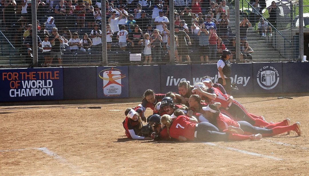 The US came from behind in the extra inning to beat Japan ©WBSC