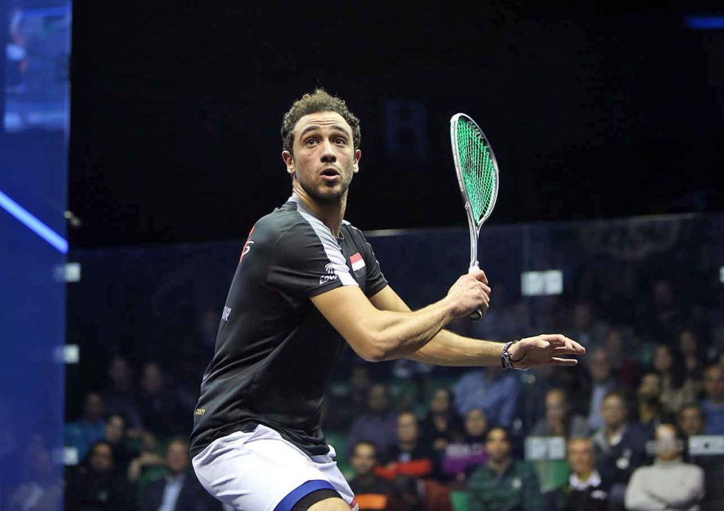 Defending champion Ramy Ashour breezed into round three at the PSA Men's World Championship ©squashpics