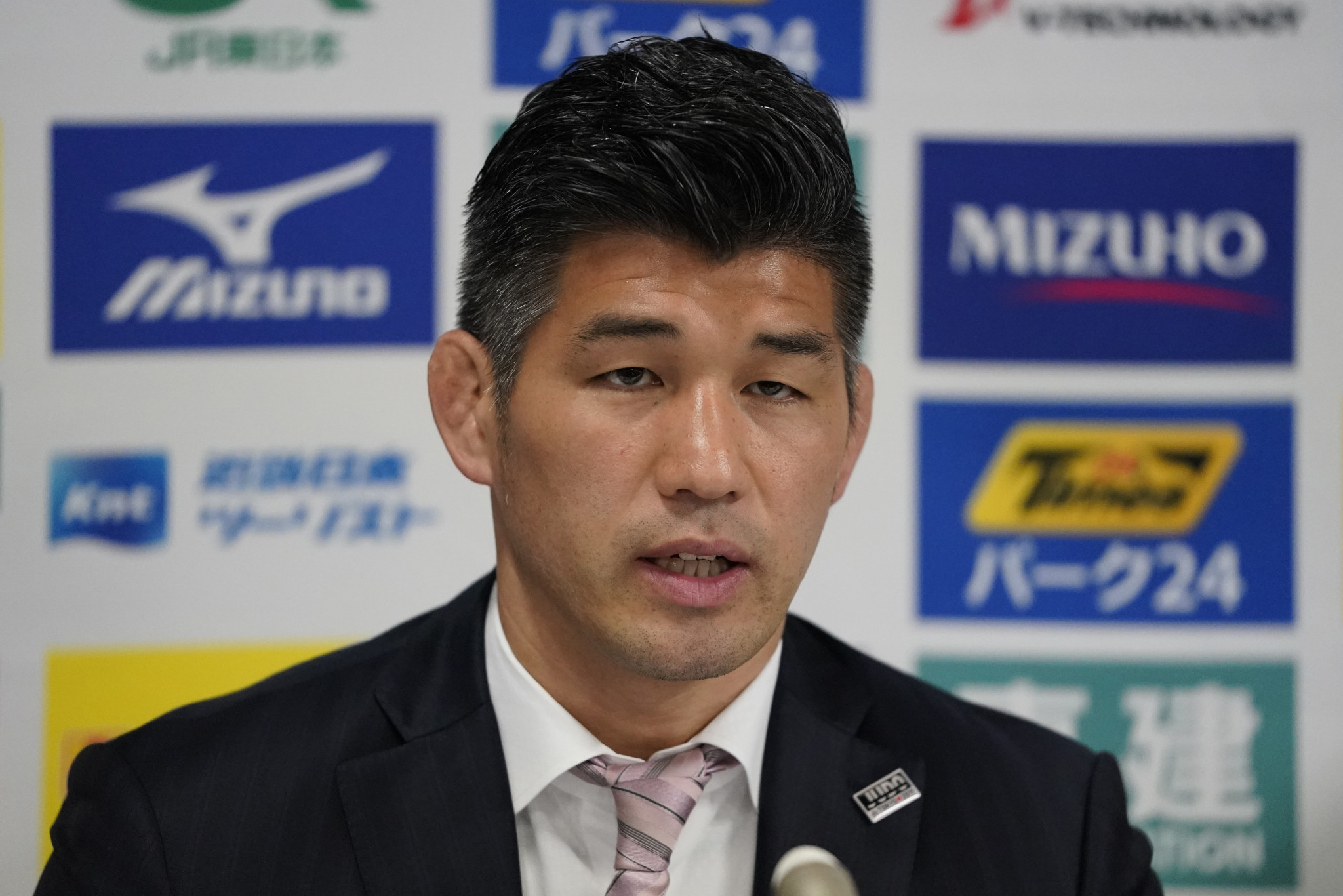 Japan men's judo coach wants Olympic prospects to step up at World Championships