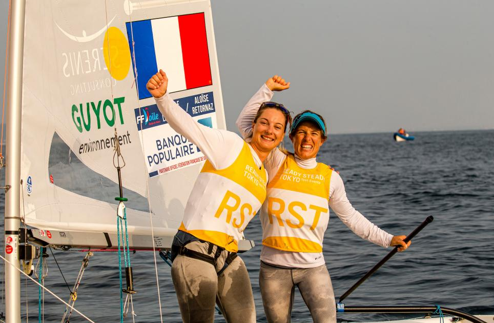 Lecointre and Retornaz win only medal race held as light winds disrupt Tokyo 2020 sailing test event