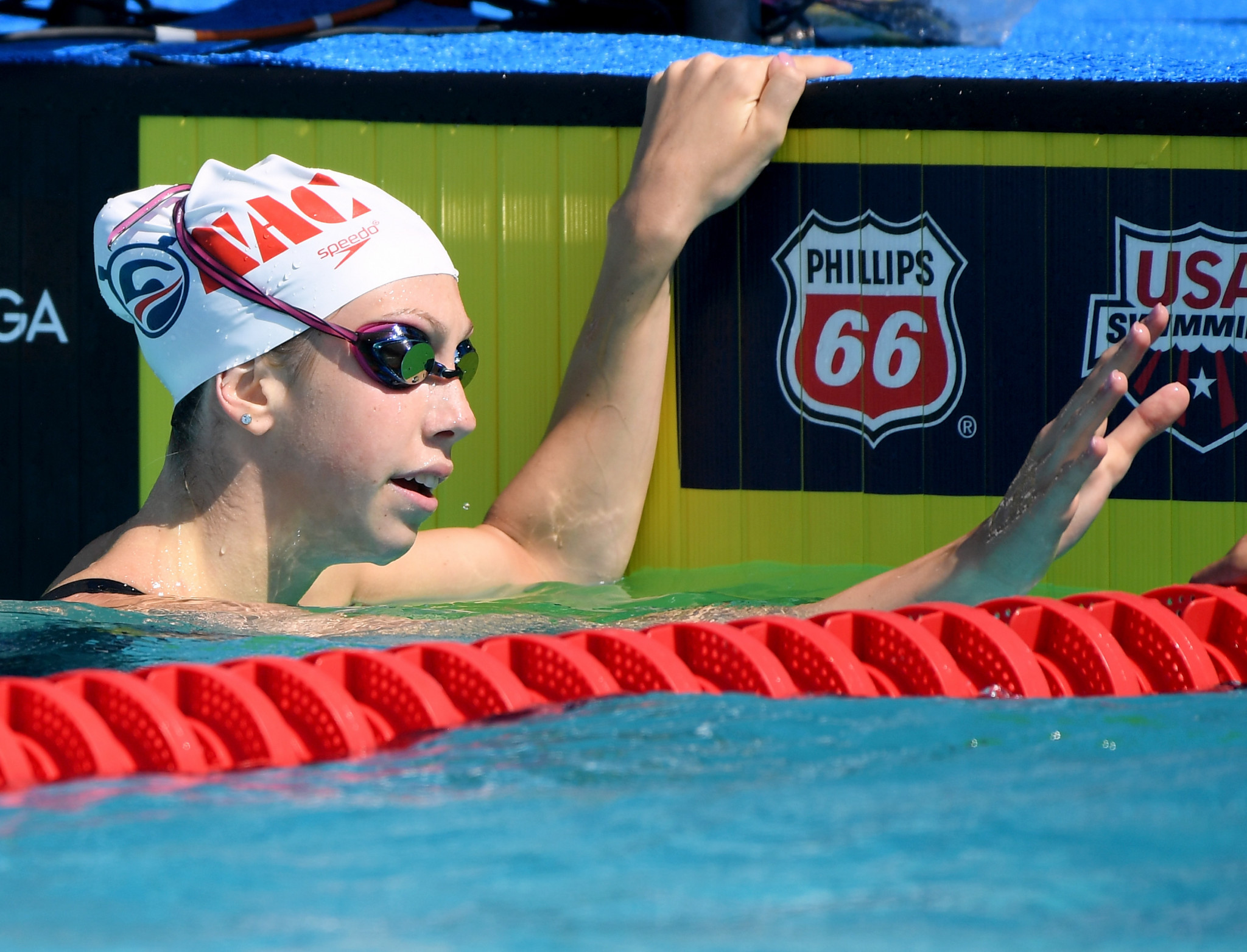 Walsh claims double gold as US shine again at FINA World Junior Championships