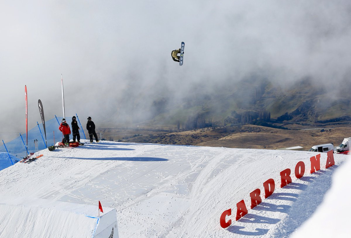 Laframboise and Rukajärvi top qualifying at FIS Snowboard Big Air World Cup