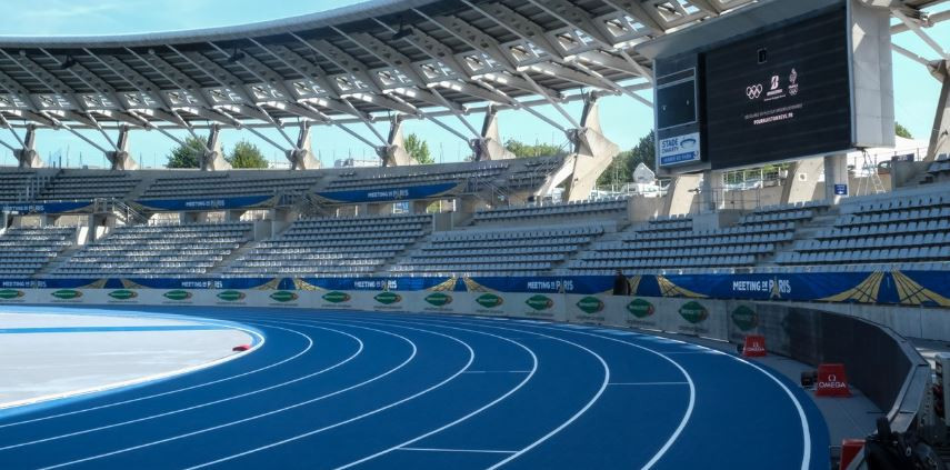 The newly laid track at Stade Charlety ©Michelle Sammet