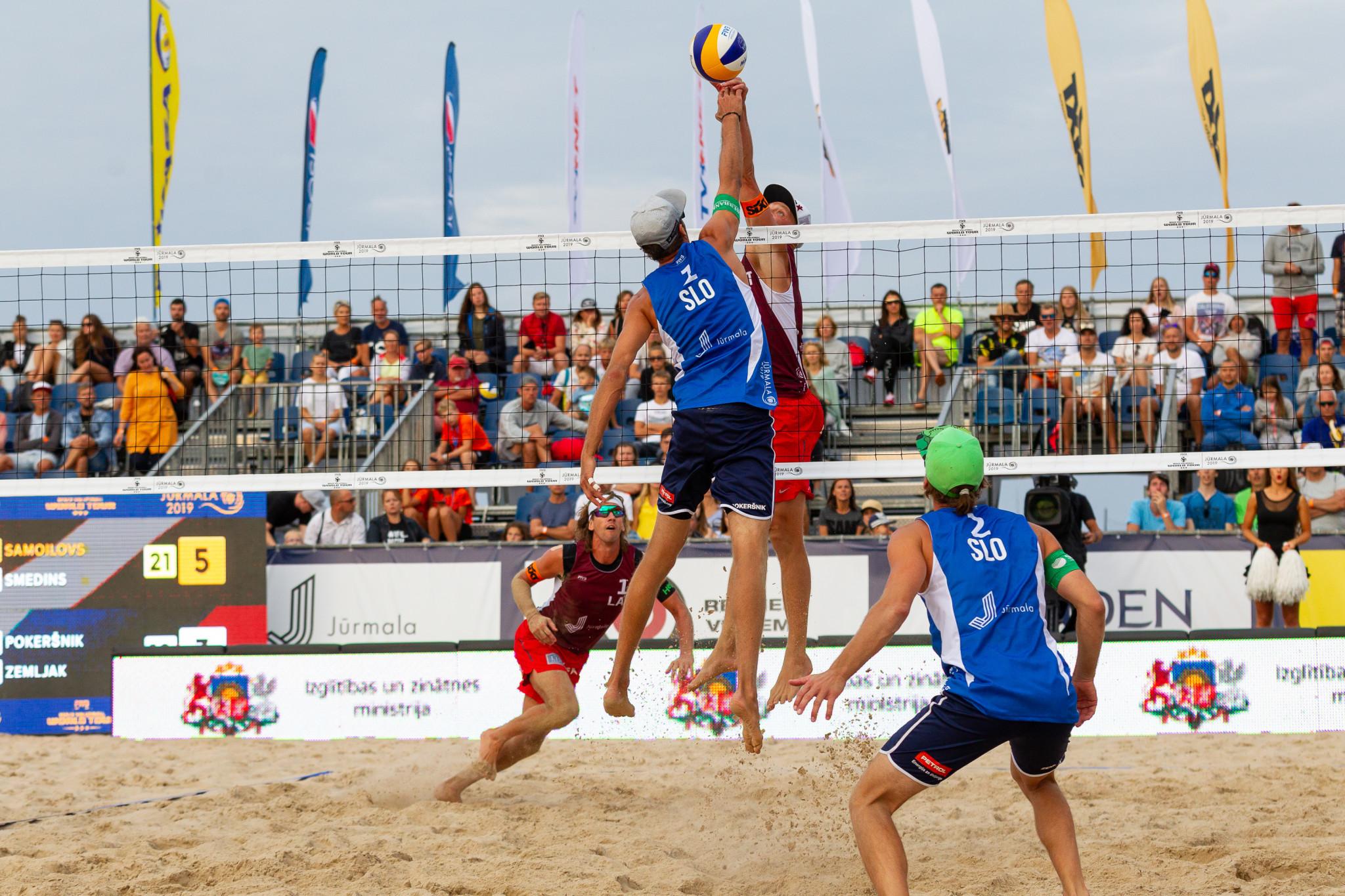 Samoilovs and Šmēdiņš make semi-finals at FIVB Beach Volleyball World Tour in Jūrmala