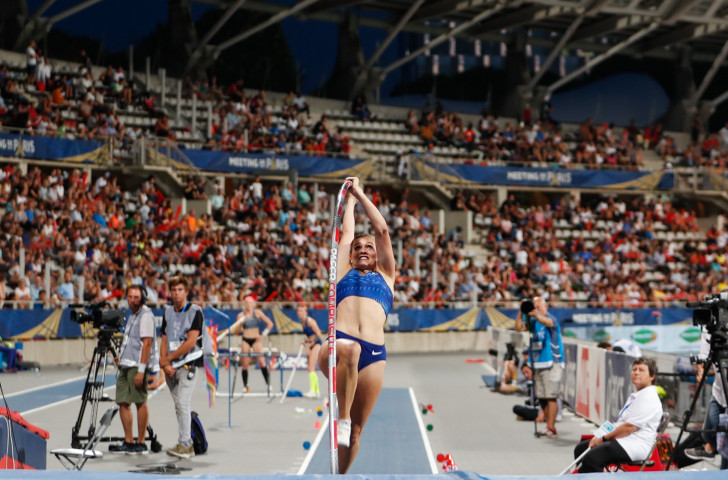 Alysha Newman, Canada's Commonwealth Games champion, won the women's pole vault at the IAAF Diamond League meeting in Paris in a national record of 4.82m ©Getty Images