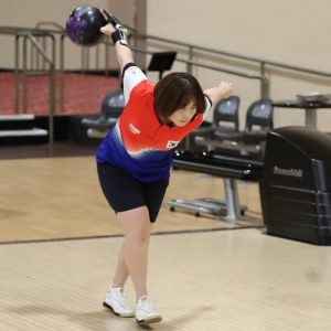 South Korea's Lee heads singles semi-final qualifiers at World Bowling Women's Championship