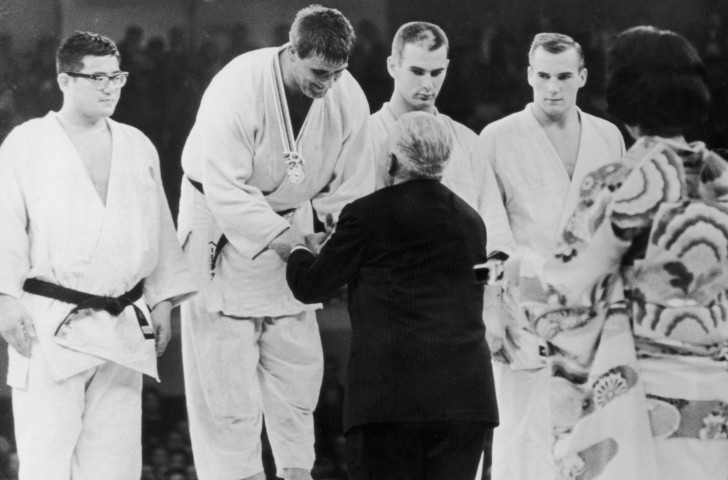 Anton Geesink of The Netherlands receives the gold medal after winning the openweight category at the 1964 Tokyo Olympics ©Getty Images