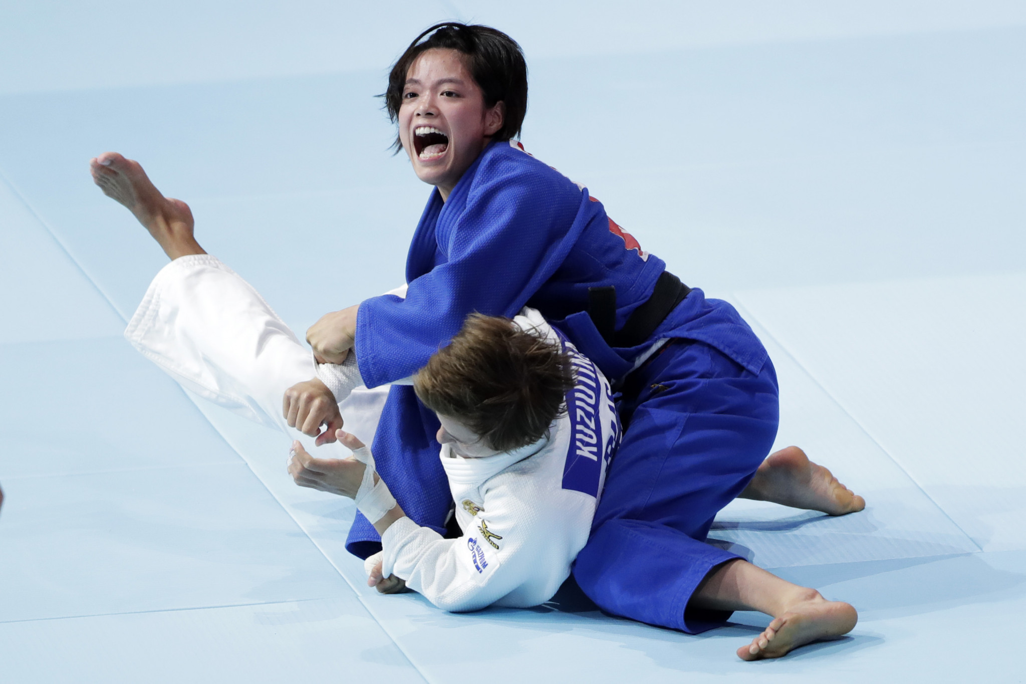Uta Abe won her second successive World Championships title in the women's under-52 kilograms category, beating Russia's Natalia Kuziutina with an ippon throw after just 29 seconds of the final ©Getty Images