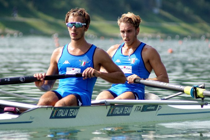 Italy's Giuseppe Di Mare and Raffaele Serio recorded the best time in the men's lightweight pairs ©World Rowing