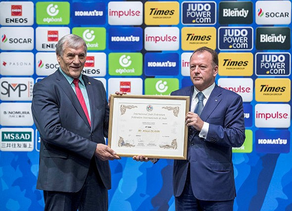 Olympic medallist judoka Glahn awarded ninth dan at IJF World Championships