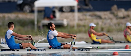 Italy win controversial re-run of men's pair quarter-final at World Rowing Championships