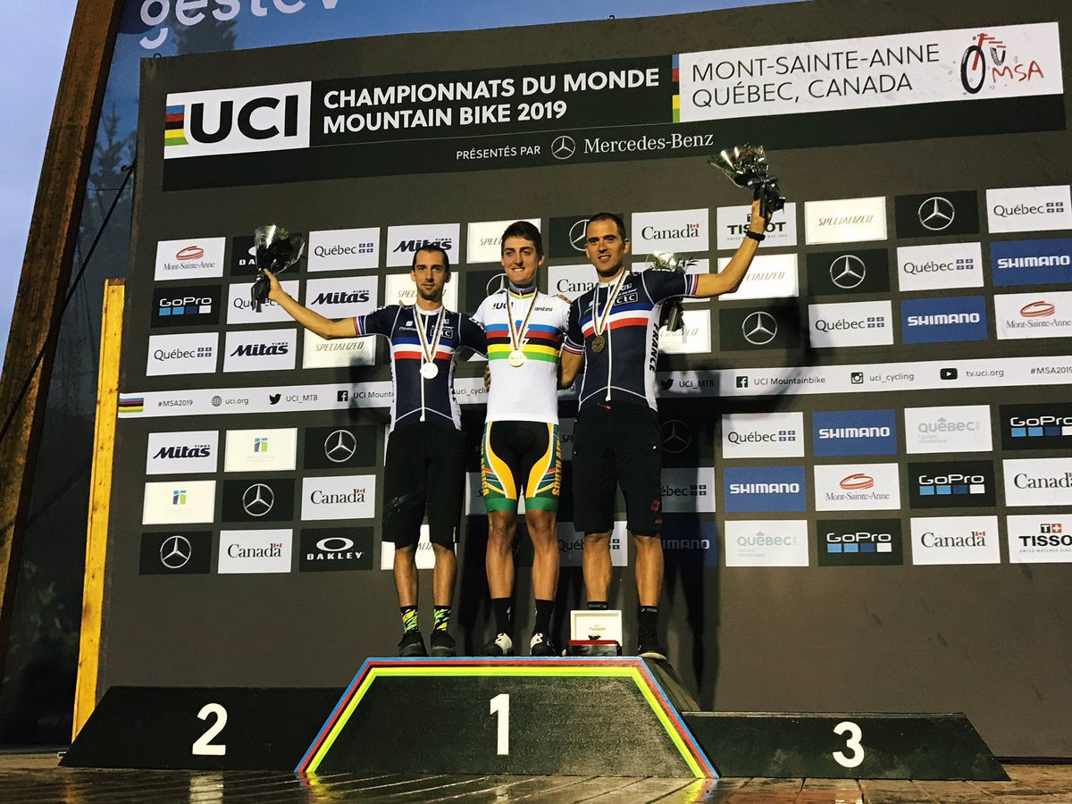 Hatherly and Schneitter crowned first e-mountain bike world champions in Mont-Sainte-Anne