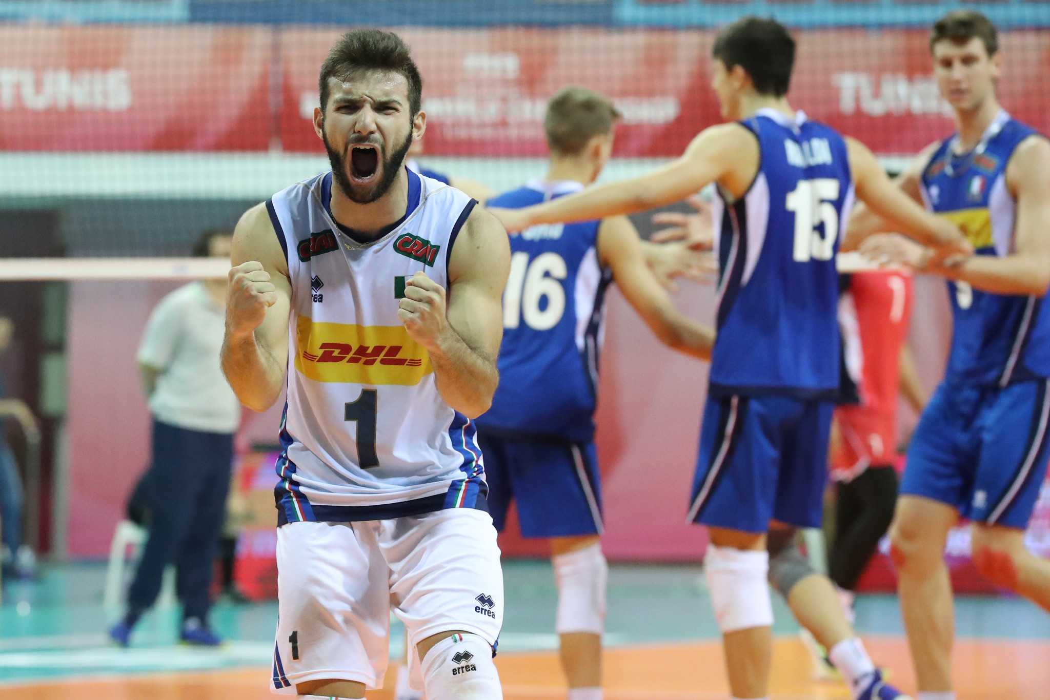 Italy's Damiano Catania celebrates as his team beats Egypt to reach the final in Tunis ©FIVB
