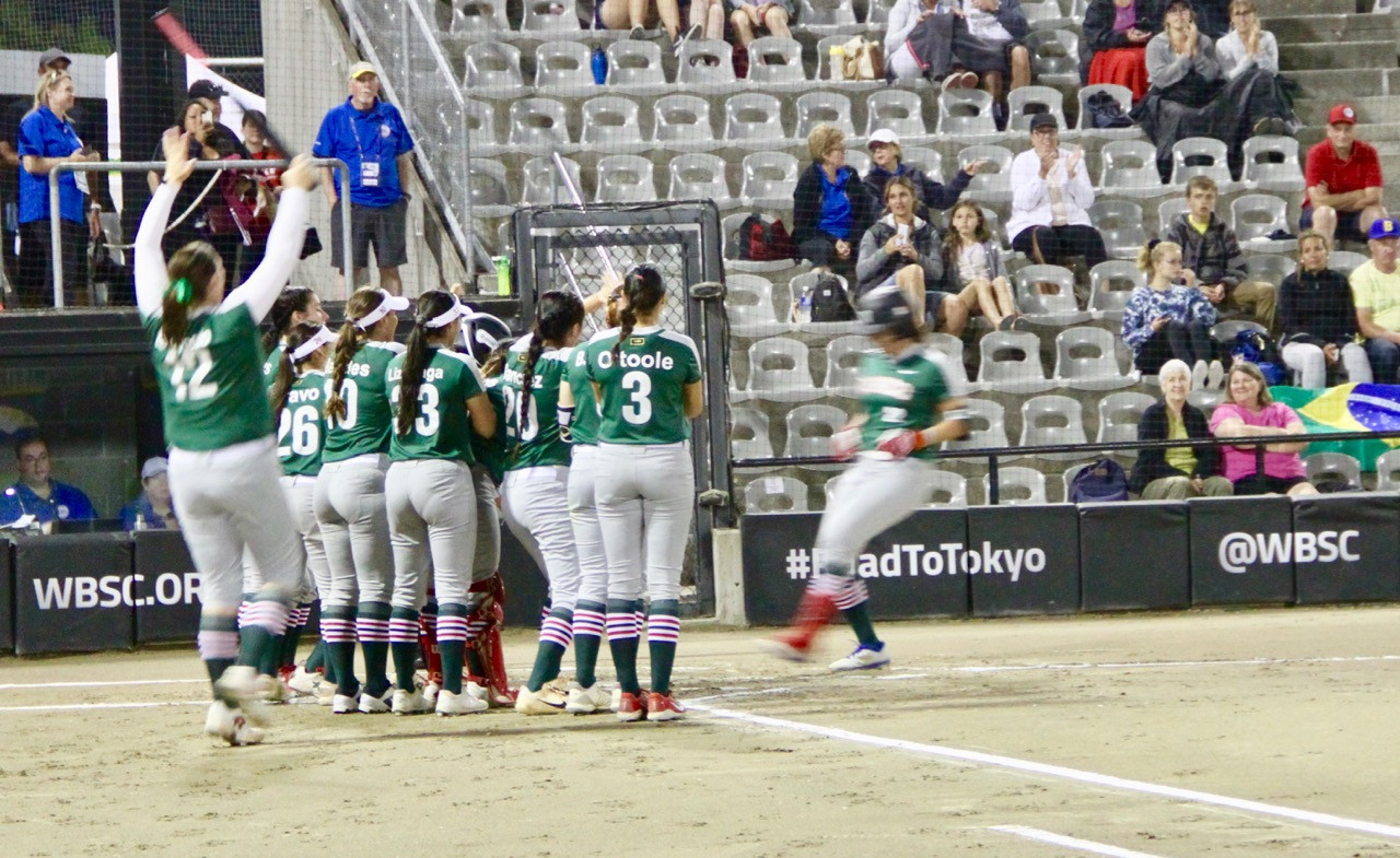 Mexico thrashed Brazil today at the WBSC Softball Americas Olympic Games qualifier in Surrey ©WBSC