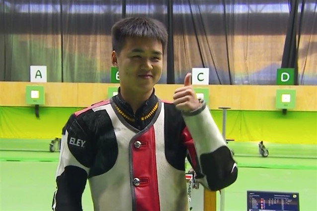 Yu wins gold with two world records at ISSF Rifle and Pistol World Cup