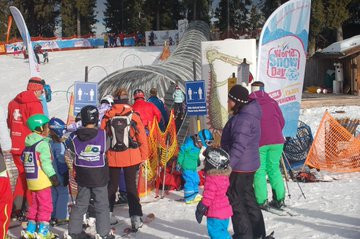Organisers have until December 15 to register their events for World Snow Day 2020 ©FIS