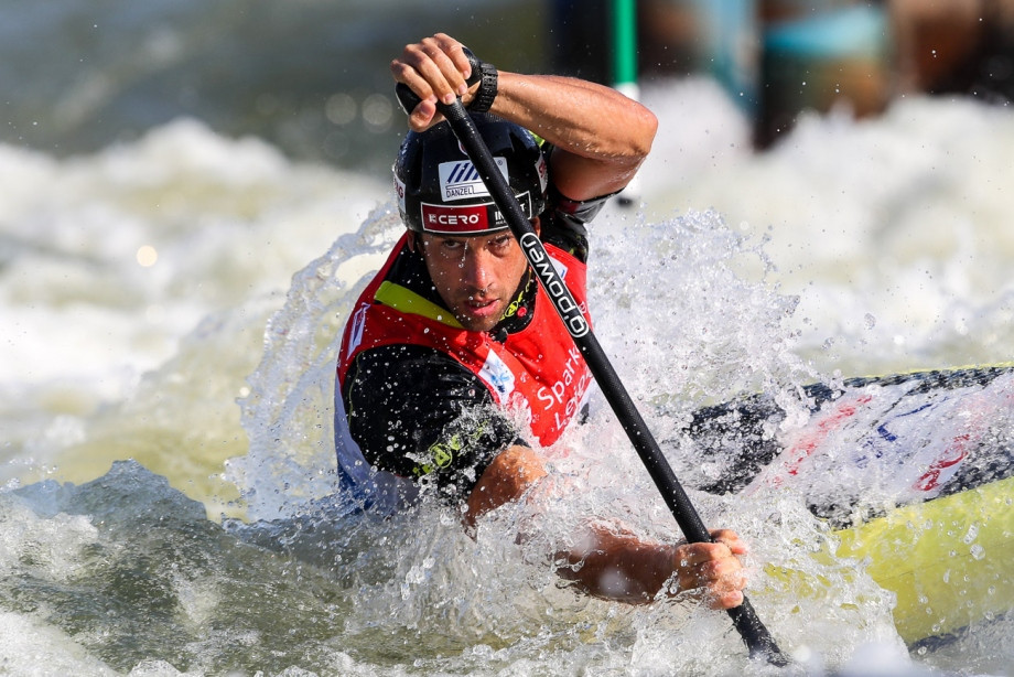 Slovakia's Alexander Slafkovský won the men's C1 event ©Balint Vekassy/ICF
