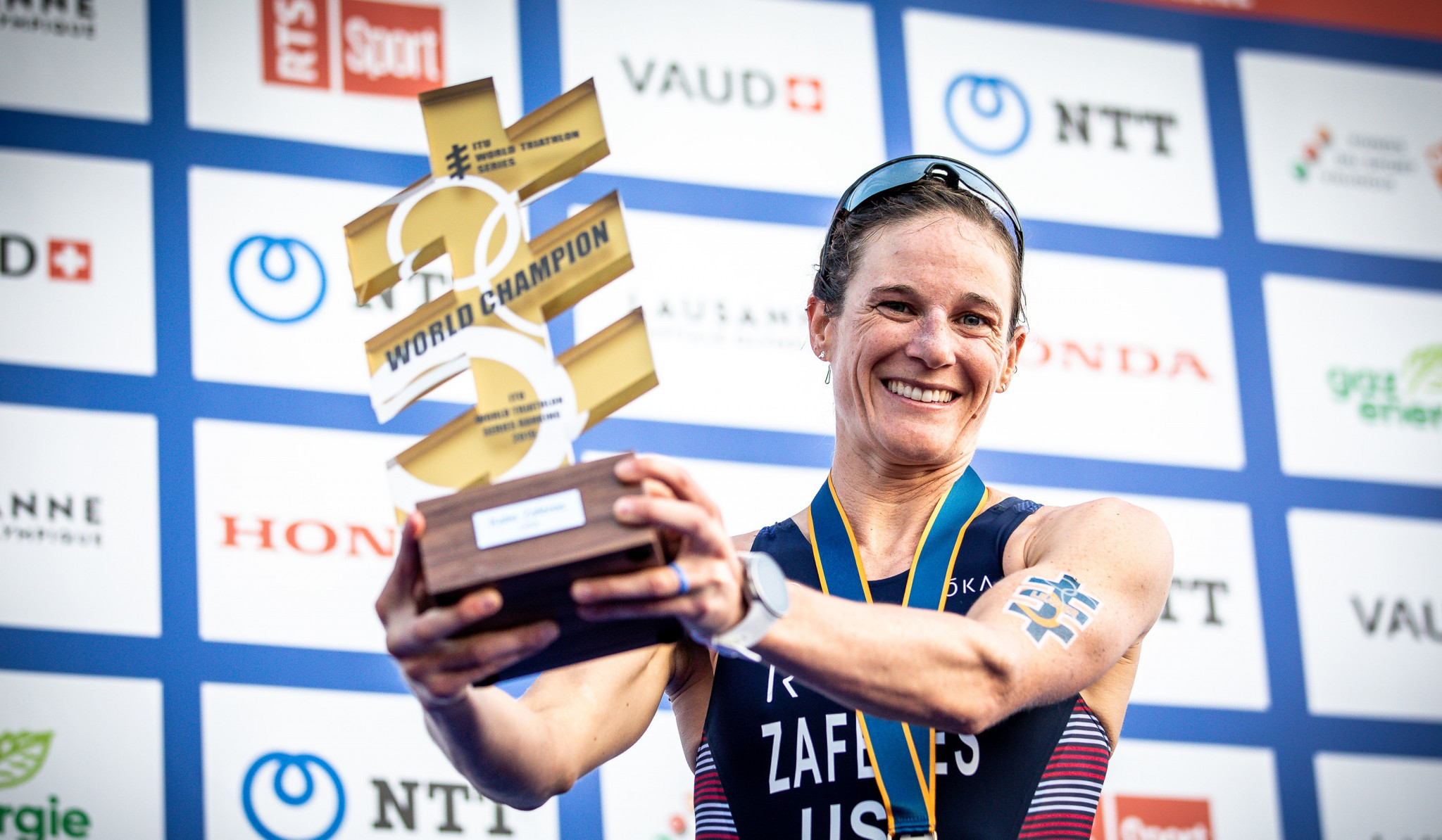 Zafares wins World Triathlon Grand Final to take overall world title