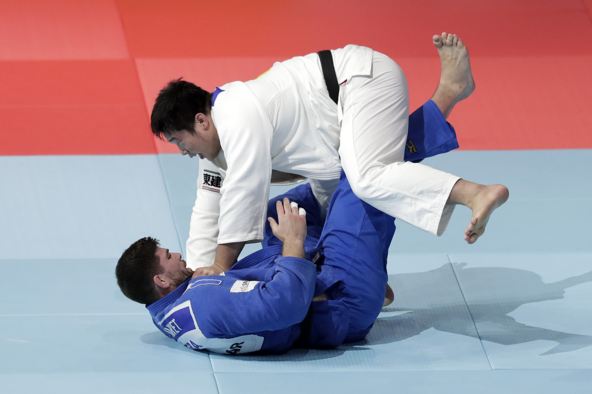 Kokoro Kageura threw Cyrille Maret for ippon in the opening fight to set Japan on their way ©Getty Images