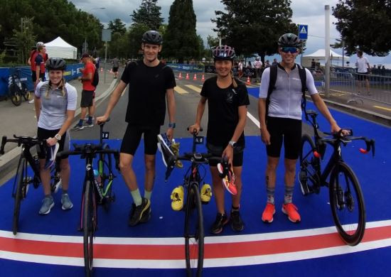 The New Zealand under-23/junior mixed relay team are pictured ahead of the Grand Final race in Lausanne ©World Triathlon