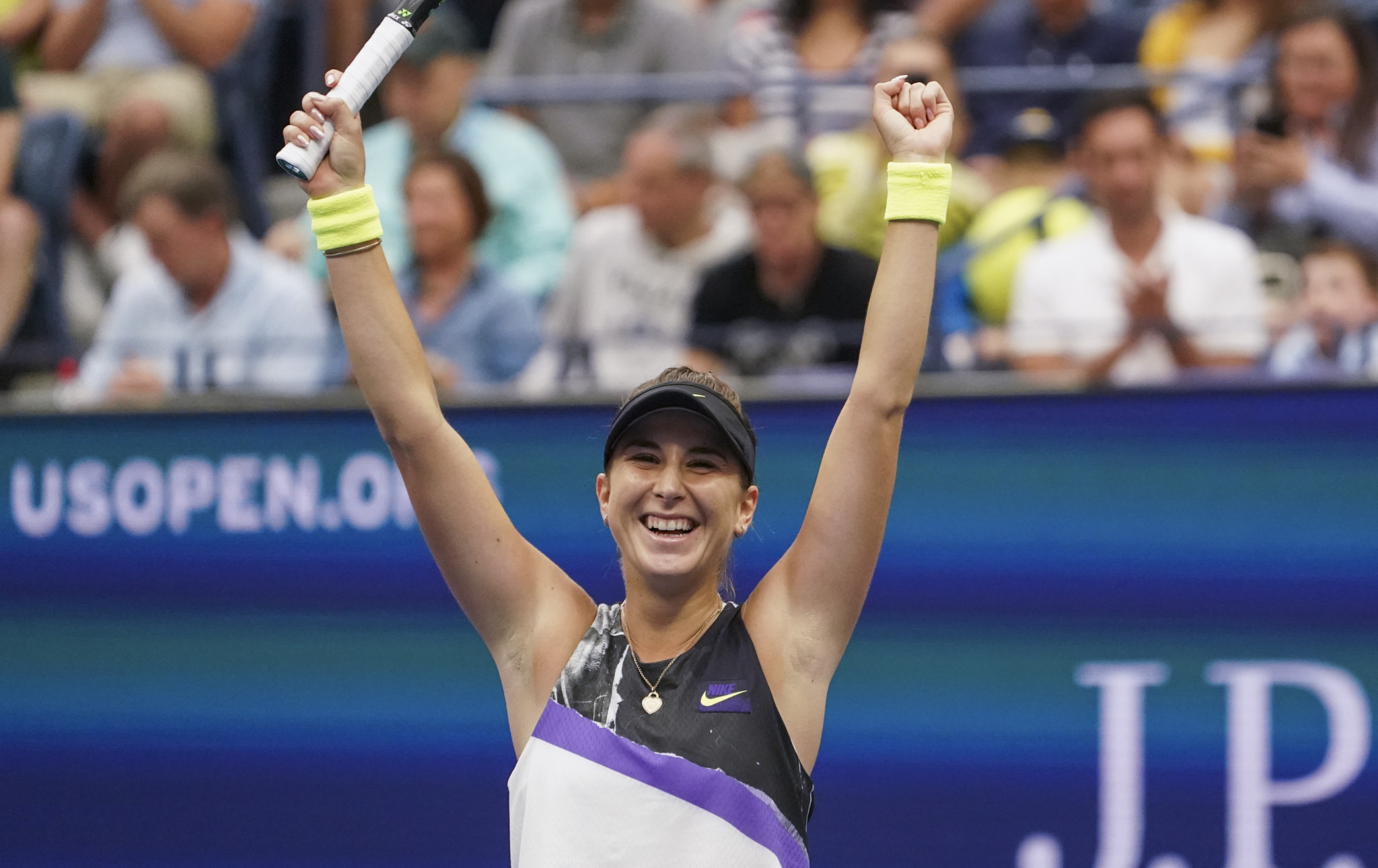 Reigning champion Osaka knocked out by Bencic at US Open